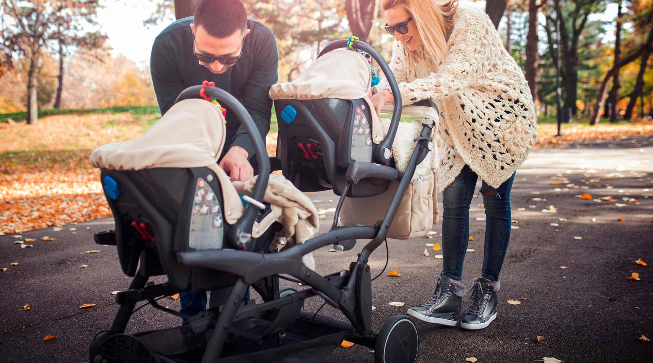 Double Stroller Reviews: How to Buy the Right One?